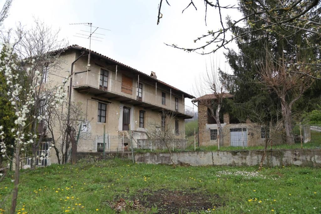 Rustico / Casale in vendita a Cossano Belbo, 6 locali, prezzo € 60.000 | PortaleAgenzieImmobiliari.it