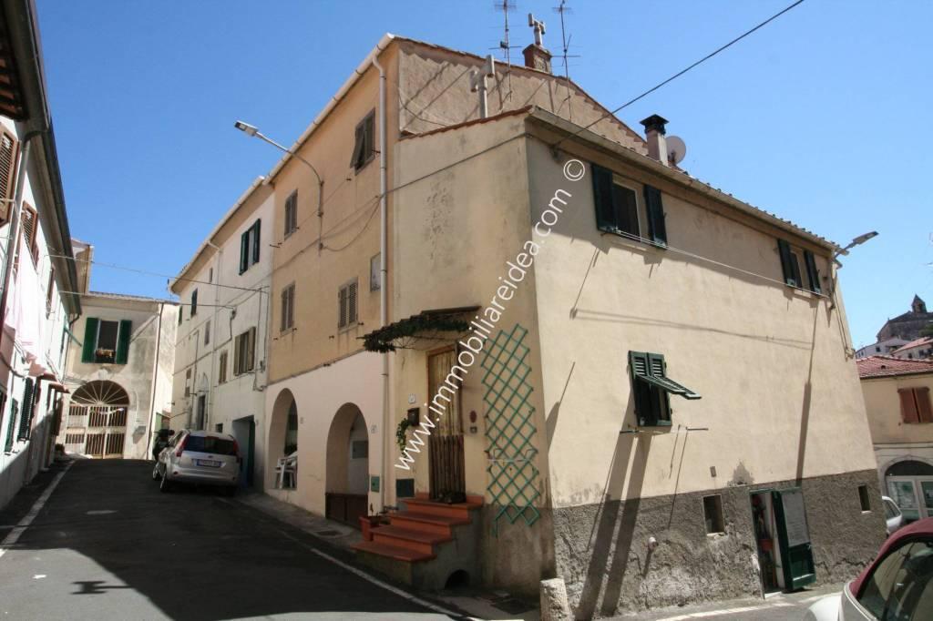 Casa indipendente in Vendita a Rosignano Marittimo Centro: 4 locali, 60 mq
