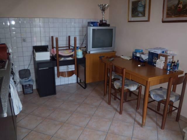 Soluzione Indipendente in vendita a Agliana, 3 locali, prezzo € 145.000 | Cambio Casa.it