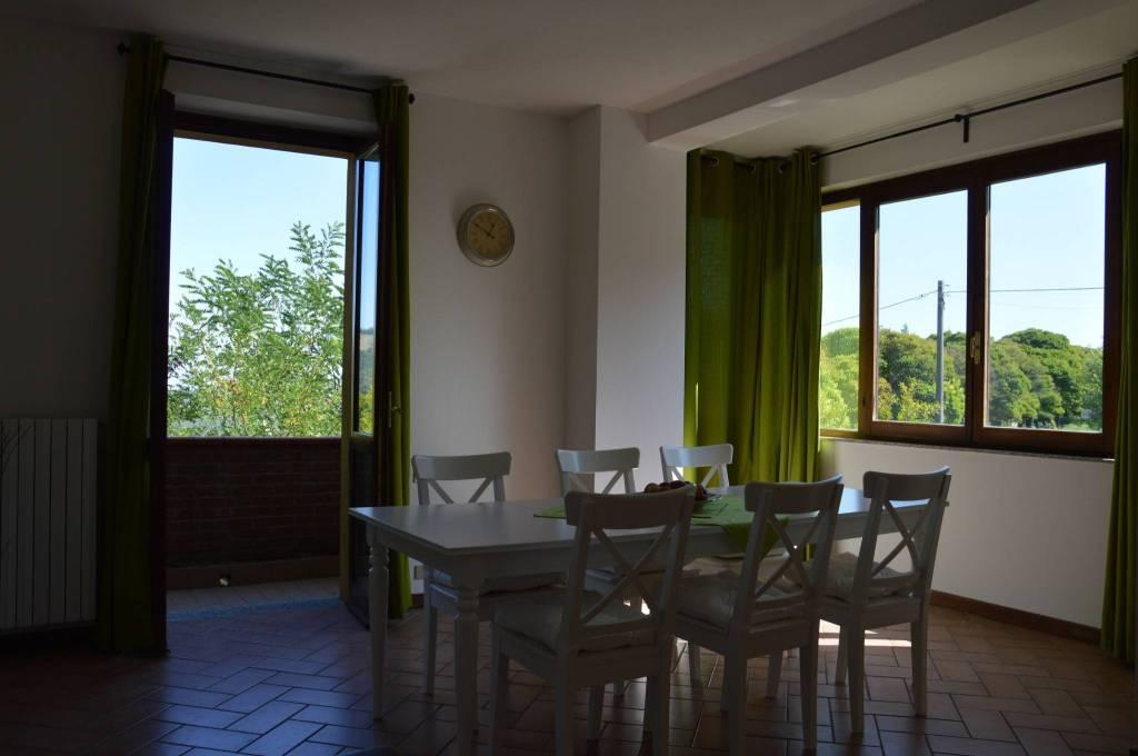Villa in Vendita a Gropparello: 3 locali, 210 mq