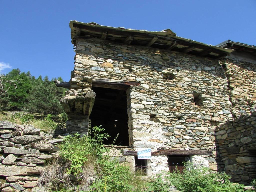 Foto 1 di Rustico / Casale Borgata Seleiraut, frazione Villaretto, Roure