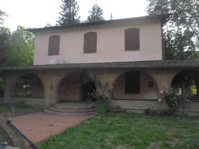 Villa in Vendita a San Miniato Semicentro: 5 locali, 300 mq