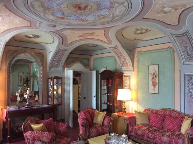 Alberghi - hotels - pensioni 6 locali in vendita a Asti (AT)