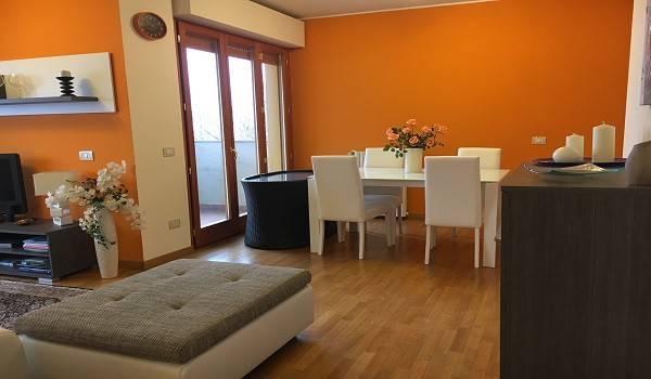 Appartamento in ottime condizioni parzialmente arredato in vendita Rif. 4998610