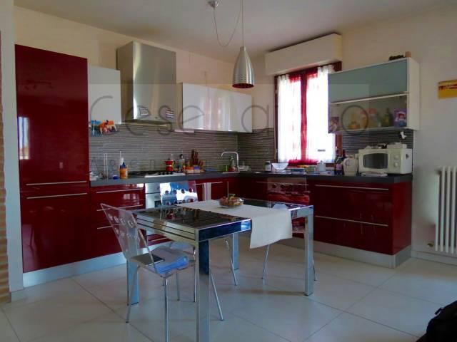 Appartamento in Vendita a Cesenatico Centro: 4 locali, 115 mq