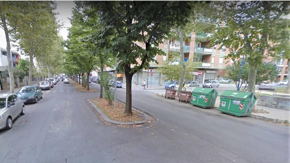 Locale commerciale in Zona Viale Petrarca Rif. 8066203