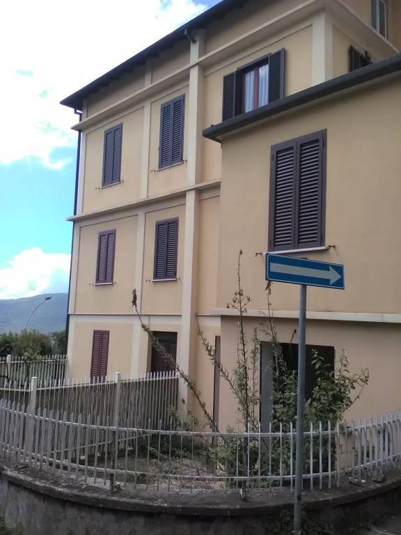 Appartamento da ristrutturare in vendita Rif. 8204366
