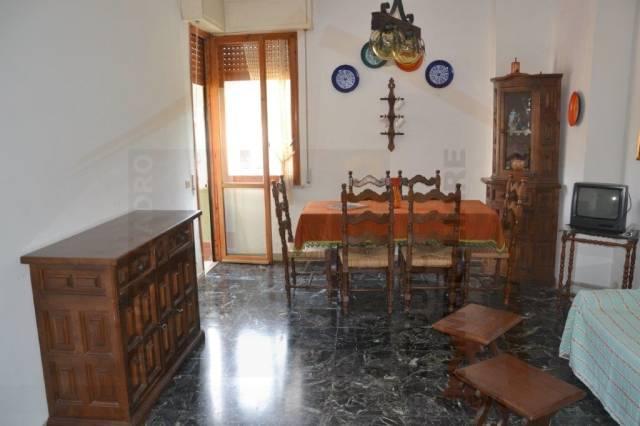 Appartamento parzialmente arredato in vendita Rif. 4538866