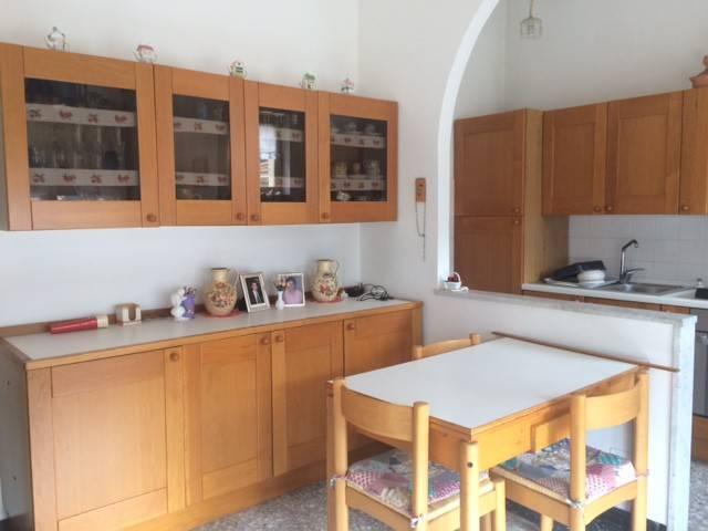 Appartamento in buone condizioni in vendita Rif. 4333055