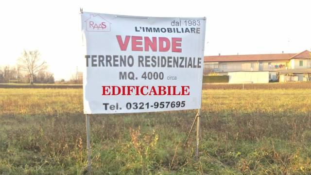 Terreno in vendita a Somma Lombardo-https://res.getrix.it/media/ad/58600740/1/xs.jpg
