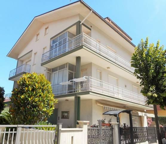 Appartamento quadrilocale in vendita a Martinsicuro (TE)