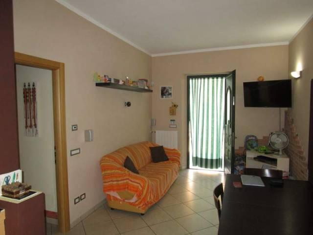 Appartamento in ottime condizioni parzialmente arredato in vendita Rif. 4850083