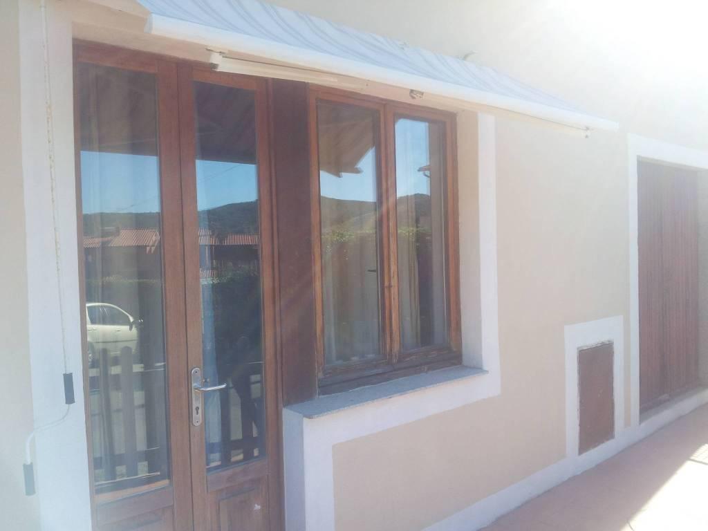 Appartamento in ottime condizioni arredato in affitto Rif. 7993652