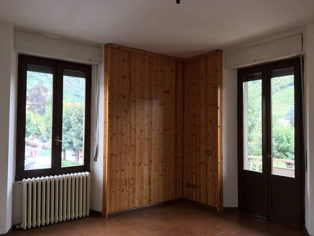 Appartamento trilocale in vendita a Tirano (SO)