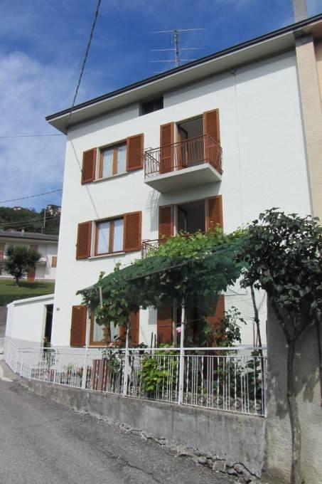 Soluzione Indipendente in vendita a Berbenno, 5 locali, prezzo € 105.000   PortaleAgenzieImmobiliari.it