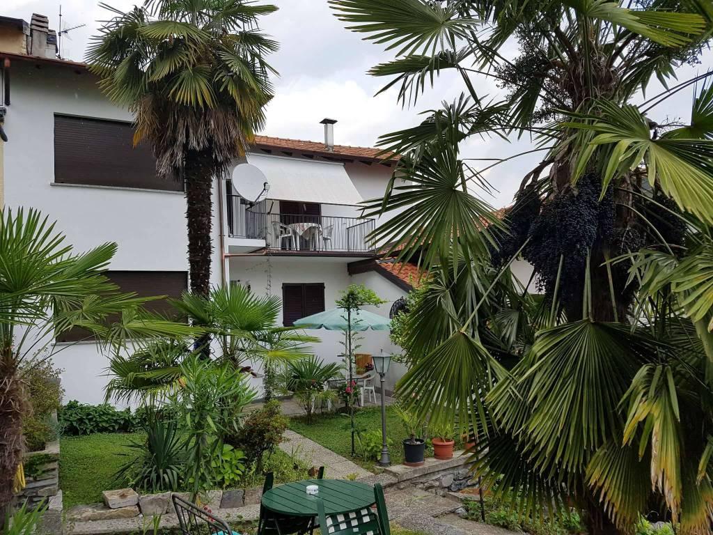 Villa in vendita a Dongo, 6 locali, prezzo € 310.000 | PortaleAgenzieImmobiliari.it