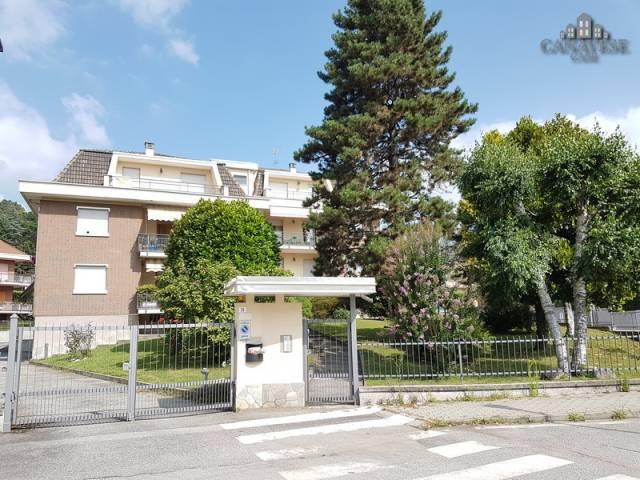 Appartamento in buone condizioni in affitto Rif. 4924700