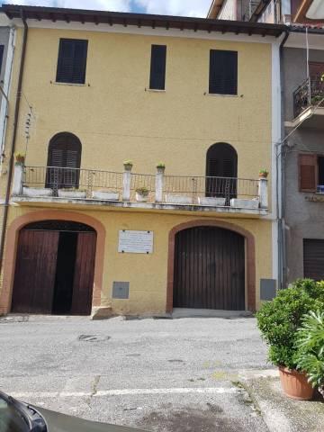 Casa Indipendente in buone condizioni in vendita Rif. 6408364