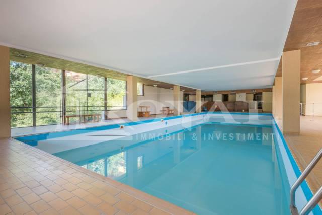 Appartamento in buone condizioni arredato in vendita Rif. 4303672