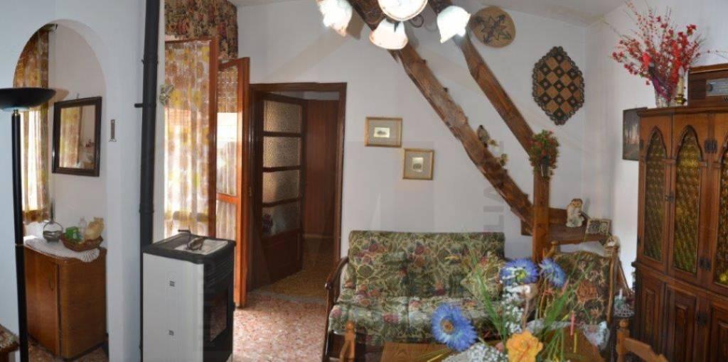 Appartamento in affitto a Garessio, 2 locali, prezzo € 250 | PortaleAgenzieImmobiliari.it