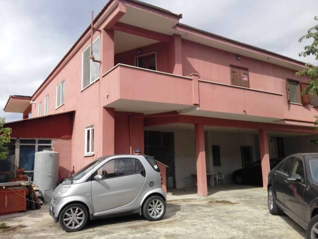 Sezze (LT) Via Bassiano Porzione di Bifamiliare Appartamento