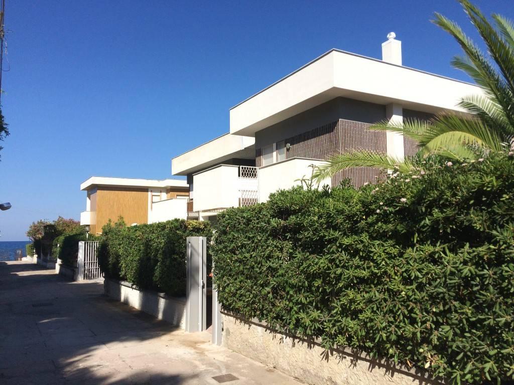 Villa in Affitto a Casteldaccia Centro: 5 locali, 264 mq