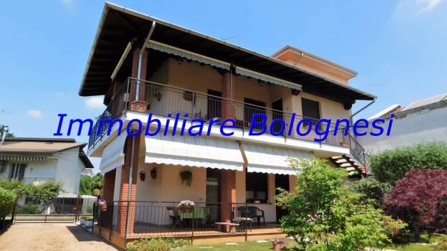 Villa in vendita a Samarate, 3 locali, prezzo € 390.000 | Cambio Casa.it