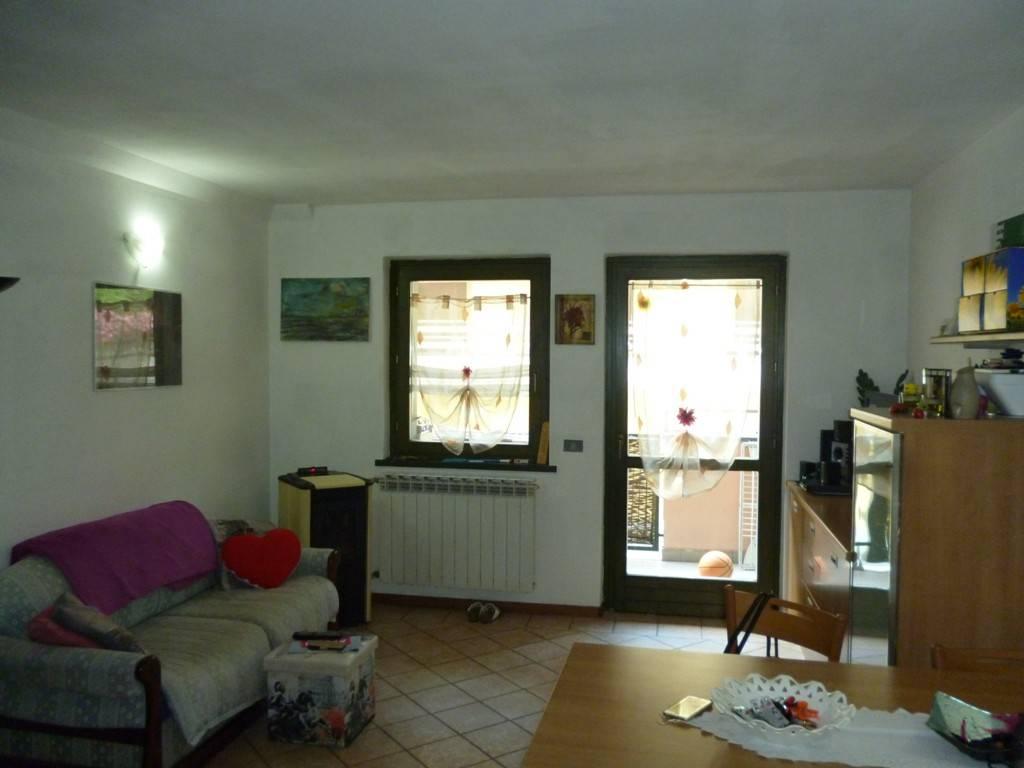 Appartamento in vendita a Edolo, 2 locali, prezzo € 69.000 | CambioCasa.it