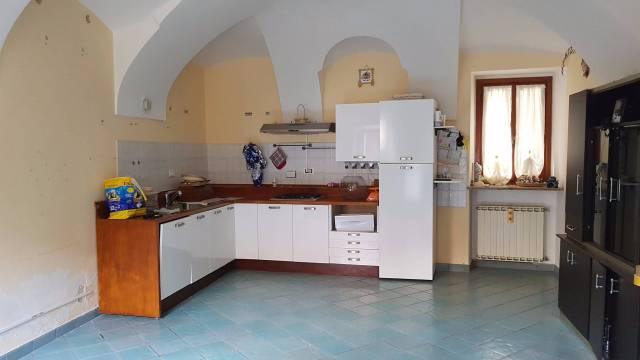 Appartamento in ottime condizioni parzialmente arredato in affitto Rif. 4973993