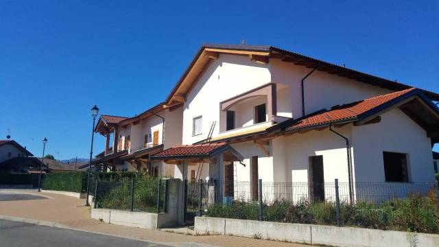 Bilocale Bernezzo Via Monte Tibert 1