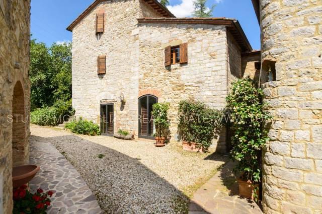 Villa con annesso e 2 piscine a Gaiole Rif. 4263378