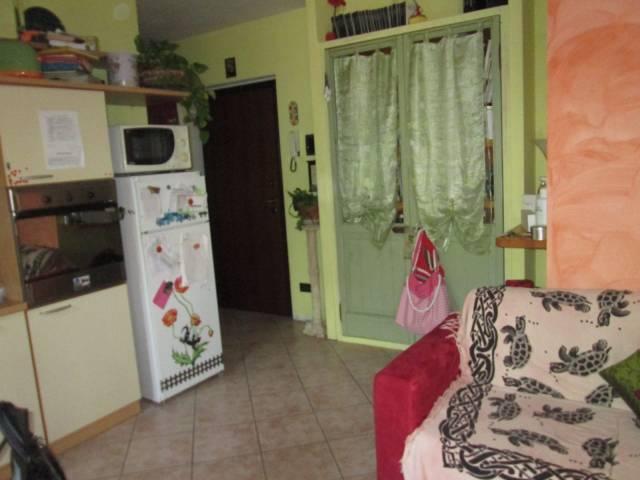 Appartamento in vendita a Volta Mantovana, 3 locali, prezzo € 95.000 | CambioCasa.it