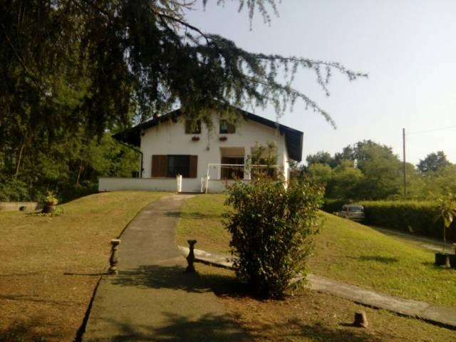 Villa in buone condizioni in vendita Rif. 4241858