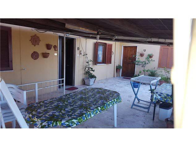 Appartamento in buone condizioni in vendita Rif. 4579162