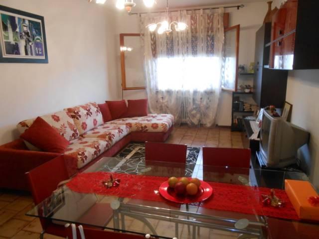 Appartamento in ottime condizioni in vendita Rif. 4261141