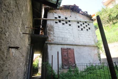 Rustico / Casale in vendita a Sedrina, 6 locali, prezzo € 95.000 | PortaleAgenzieImmobiliari.it