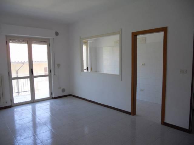 Appartamento in buone condizioni in vendita Rif. 4362067