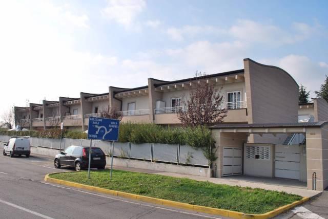 Appartamento in ottime condizioni arredato in vendita Rif. 5901992