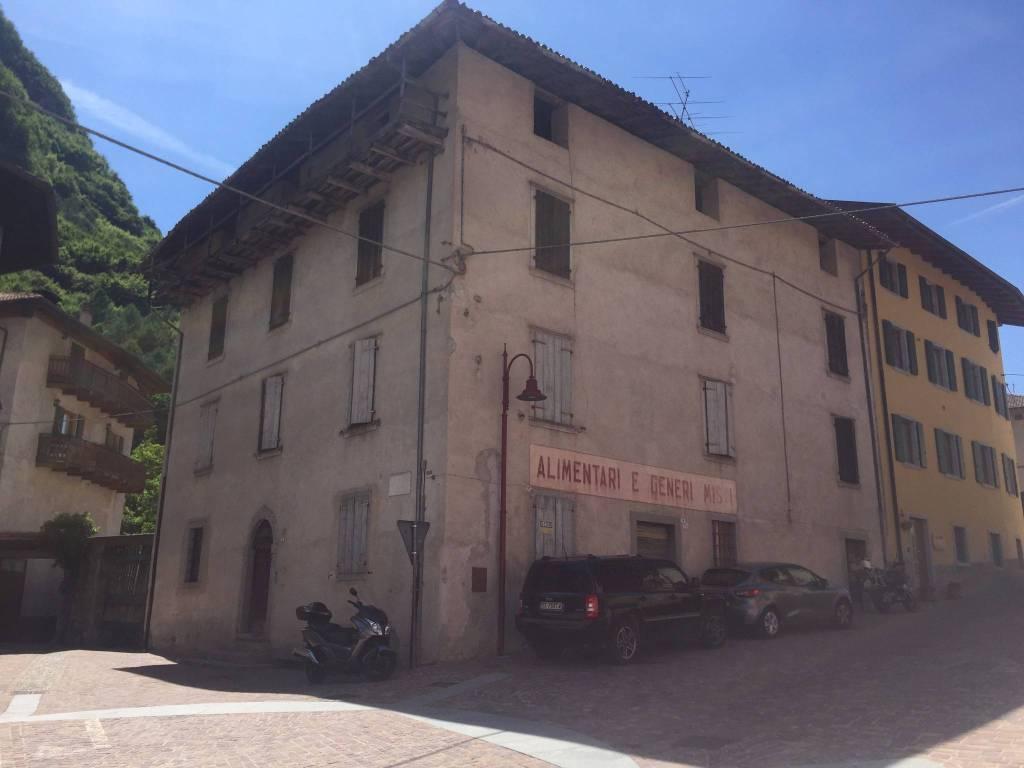Rustico / Casale da ristrutturare in vendita Rif. 4361507