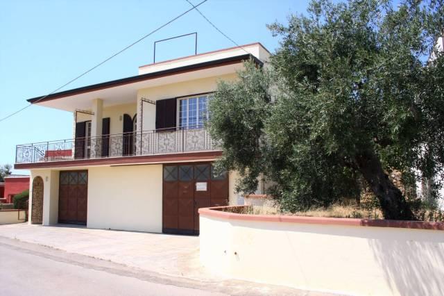 Appartamento in buone condizioni arredato in vendita Rif. 5183519