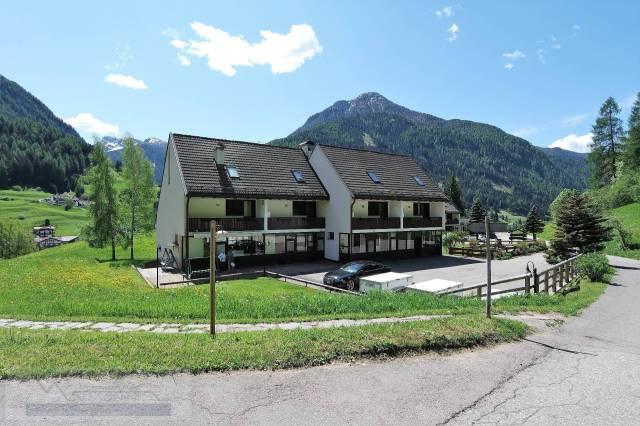 Appartamento in buone condizioni arredato in vendita Rif. 4289900
