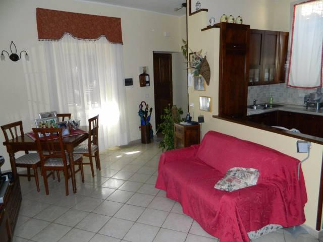Appartamento in ottime condizioni in vendita Rif. 4481847