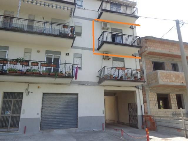 Appartamento in vendita a Marina di Gioiosa Ionica, 4 locali, prezzo € 80.000 | CambioCasa.it
