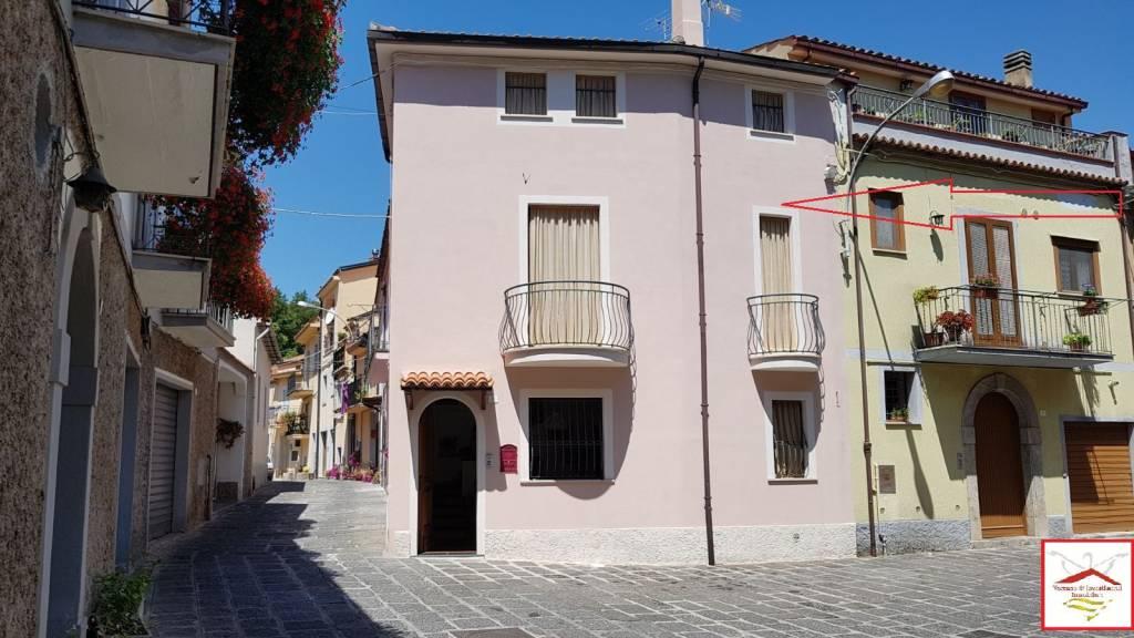 Soluzione Indipendente in vendita a Trecchina, 4 locali, prezzo € 99.000 | PortaleAgenzieImmobiliari.it