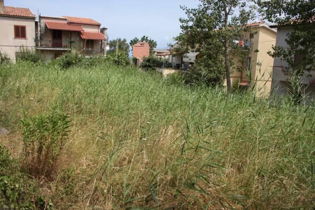 Terreno edificabile fronte mare in vendita Rif. 4300881