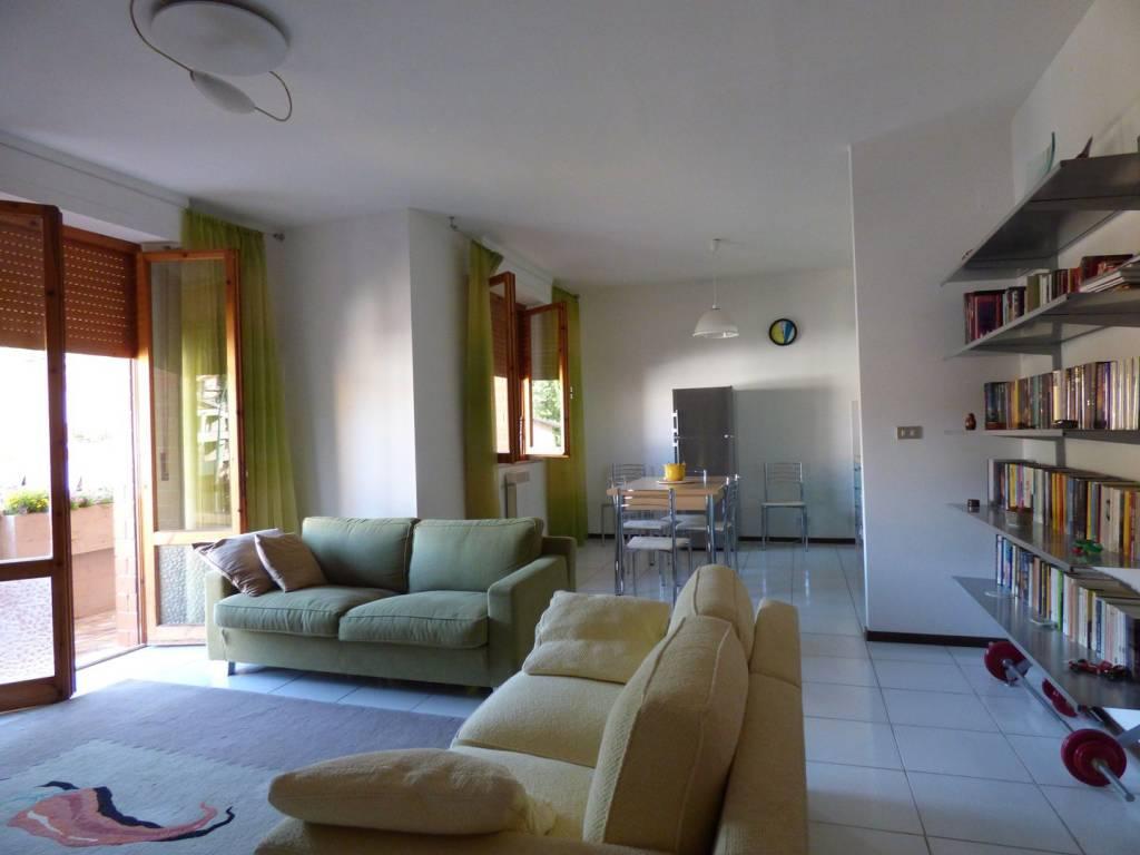 Appartamento in ottime condizioni in vendita Rif. 7566508