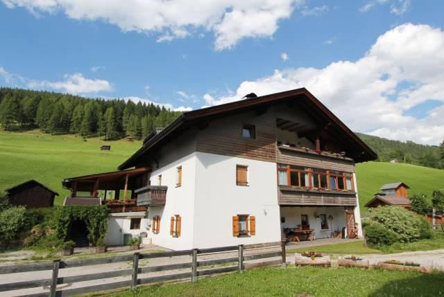 Appartamento in buone condizioni arredato in vendita Rif. 4265642