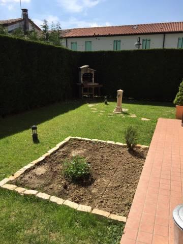 Bilocale Campodoro Via Veneto 5