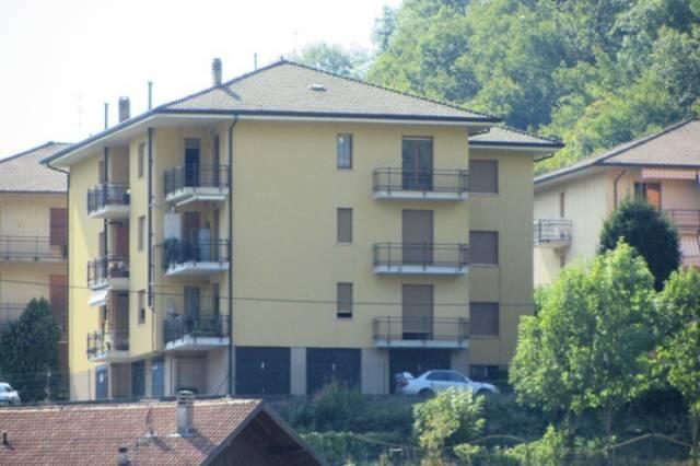 Appartamento in vendita a Zogno, 4 locali, prezzo € 117.000 | CambioCasa.it