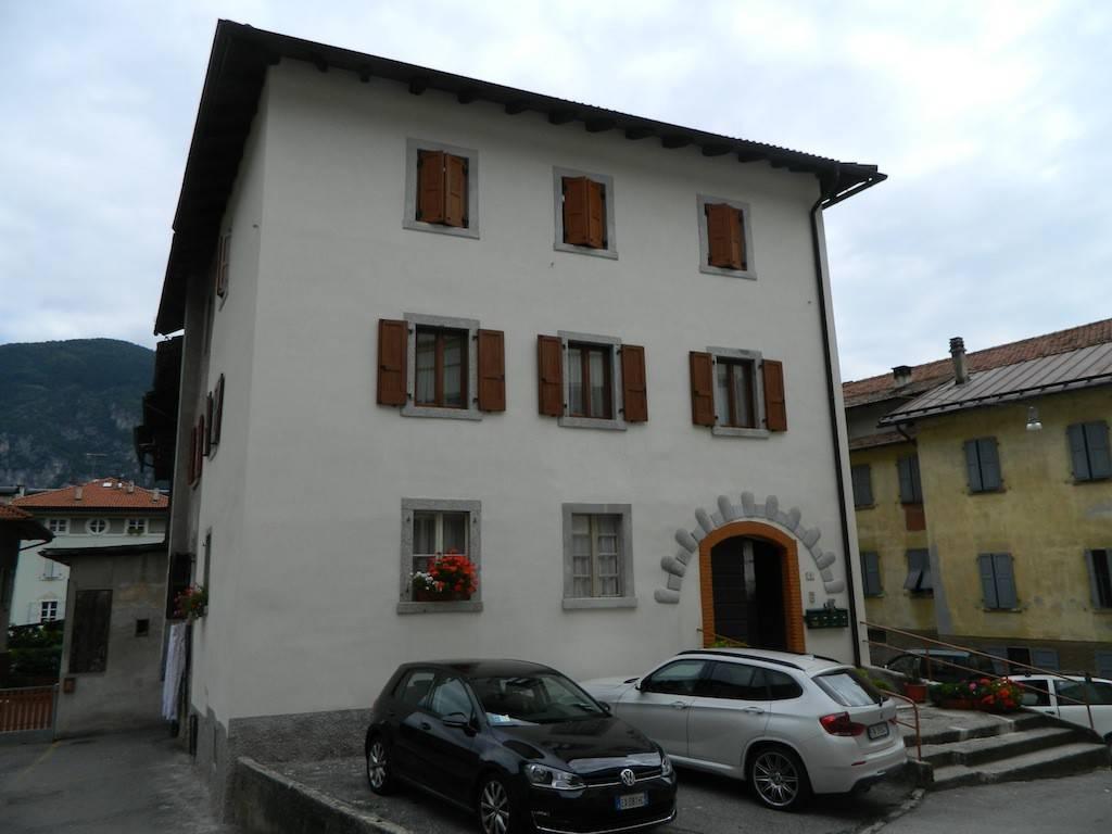 Appartamento in Vendita a Tione Di Trento Centro: 3 locali, 55 mq